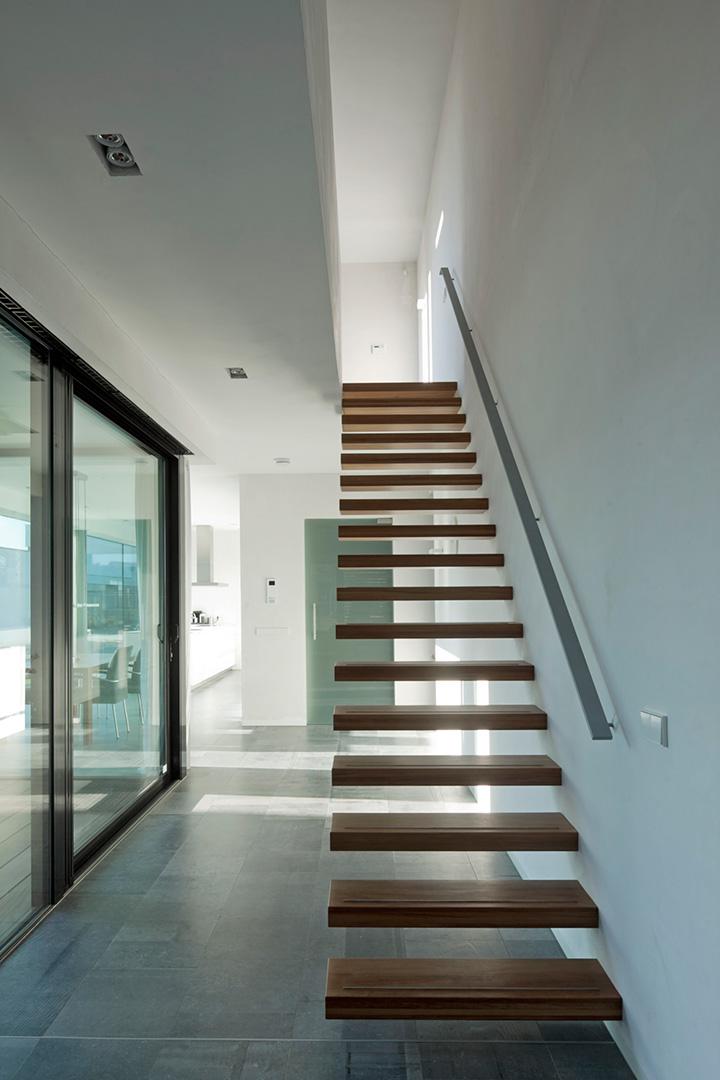 Woonhuis eindhoven bedaux de brouwer - Midden kamer trap ...